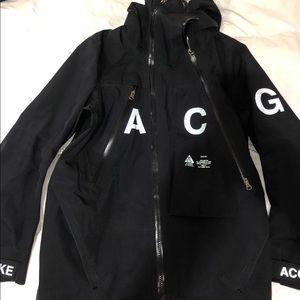 acg alpine jacket black